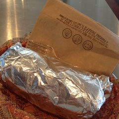 Photo taken at Chipotle Mexican Grill by Robert S. on 6/27/2012