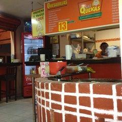 Photo taken at Las Quekas by Bernardo G. on 8/19/2012