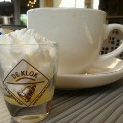 Photo taken at Kaffeiklasj by Sarah S. on 8/12/2012