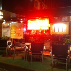 Photo taken at Tony Roma's by Beltran P. on 8/23/2012