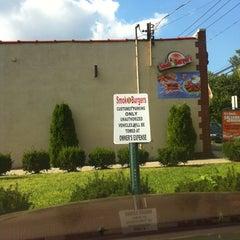 Photo taken at Smok-A-Burger by Lindsey H. on 8/20/2012