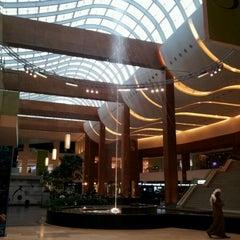 Photo taken at 360° Mall by EL Matador .. on 3/14/2012