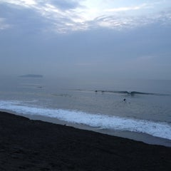 Photo taken at パーク東側 見晴し台 by Ken N. on 4/12/2012