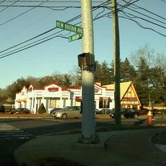 Photo taken at Jake's Wayback Burgers by Sarah on 1/15/2012