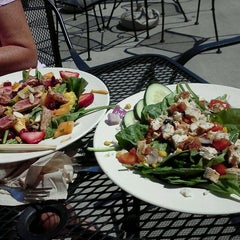 Photo taken at Blue Planet Natural Grill by Erin on 8/27/2011