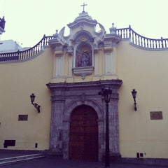 Photo taken at Iglesia San Pedro de Lima by Yovanni on 8/18/2012
