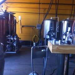 Photo taken at Denver Beer Co. by Ryan on 8/20/2011