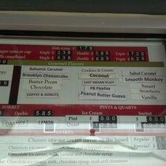 Photo taken at Morelli's Gourmet Ice Cream by Thomas S. on 6/10/2012