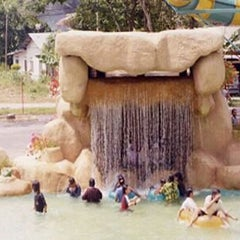 Photo taken at Wet World Shah Alam by Iezany Syahruddin Zai on 12/17/2011