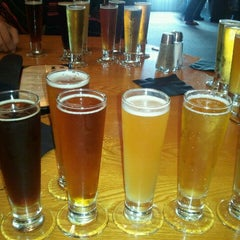 Photo taken at BJ's Restaurant and Brewhouse by Jose G. on 9/16/2011