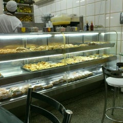 Photo taken at Sabor e Sucos by A B. on 11/28/2011