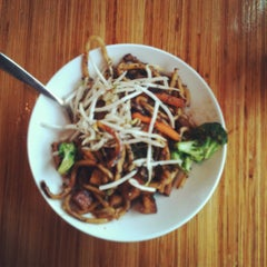 Photo taken at Noodles & Company by Summer S. on 10/14/2011