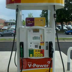 Photo taken at Shell by CJ W. on 6/28/2011