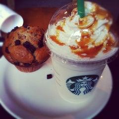 Photo taken at Starbucks by Matthias J. on 7/19/2012