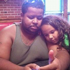 Photo taken at Pizza Hut by Ashley Z. on 8/20/2011