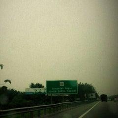 Photo taken at Melaka-Johor Border by Ms.Phat on 9/8/2012
