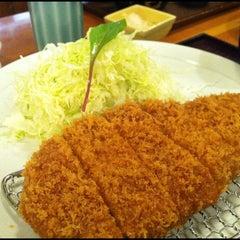 Photo taken at とんかつ まい泉 青山本店 by Warren K. on 5/13/2012