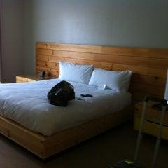 Photo taken at Hotel Tomo! by Julee W. on 3/18/2012
