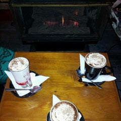 Photo taken at Katoomba St Cafe by Terry B. on 7/12/2012