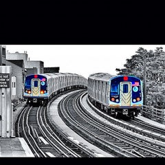 Photo taken at MTA Subway - 30th Ave (N/Q) by David D. on 8/11/2012