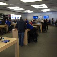 Photo taken at Apple Store, Carlsbad by Scot M. on 2/27/2012