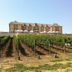 Photo taken at Domaine Carneros by Amber R. on 9/10/2011