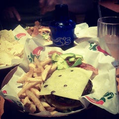 Photo taken at Chili's Grill & Bar by Armando P. on 8/22/2012