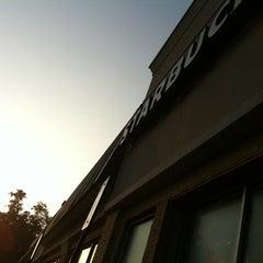 Photo taken at Starbucks by Yosef A. on 8/19/2011