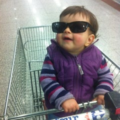 Photo taken at Carrefour - La Linea by Andoni C. on 2/24/2012