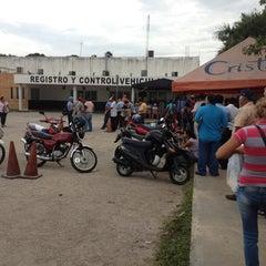 Photo taken at Modulo de Licencias y Placas by Kenny M. on 8/29/2012