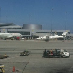 Photo taken at Gate 47 by Alan on 4/6/2011