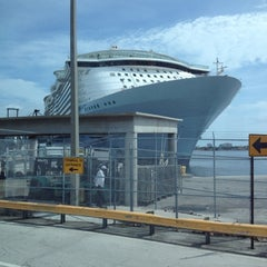 Photo taken at Royal Caribbean Oasis of the Seas by Pat J. on 6/9/2012