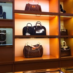 Photo taken at Louis Vuitton Manhasset by Peggy on 1/5/2011