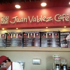 Photo taken at Juan Valdez Café by Hernan L. on 3/15/2012
