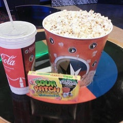 Photo taken at Regal Cinemas Palmetto Grande 16 by Brian A. on 12/10/2011