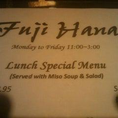 Photo taken at Fuji Hana Hibachi Steakhouse & Sushi Bar by Daniel G. on 10/4/2011