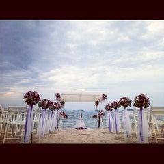 Photo taken at Mooban Talay Resort (หมู่บ้านทะเลรีสอร์ท) by A Kittisak on 2/18/2012
