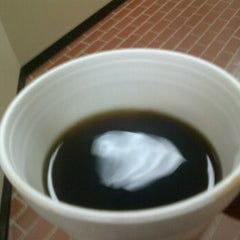 Photo taken at Courthouse Coffee Shop by Javier A. on 12/5/2011