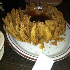 Photo taken at Chris' & Pitt's Restaurant by Mireya R. on 5/6/2012