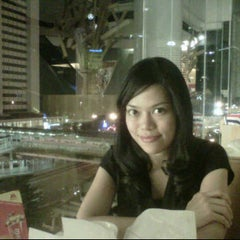 Photo taken at MOS Burger by ina k. on 12/31/2011