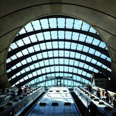 Photo taken at Canary Wharf London Underground Station by Shawn T. on 5/25/2012