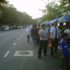 Photo taken at Bazar Ramadhan Kuaters Klia by Raymie A. on 8/16/2011