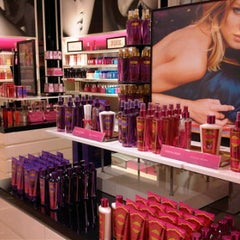 Photo taken at Victoria's Secret PINK by Riefka D. on 9/12/2011