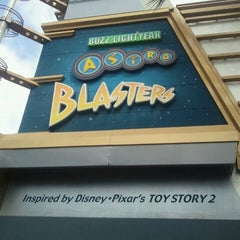 Photo taken at Buzz Lightyear Astro Blasters by Richard A. on 5/18/2012