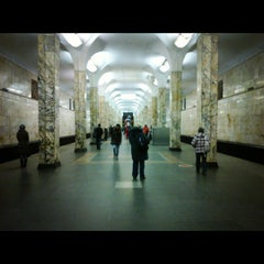 Photo taken at metro Avtozavodskaya by Alex Y. on 11/21/2011
