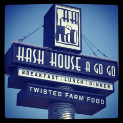 Photo taken at Hash House A Go Go by Felecia T. on 5/8/2012