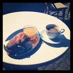 Photo taken at Noir Kaffekultur by Emilia B. on 5/26/2012