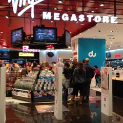 Photo taken at Virgin Megastore ڤيرجن ميجاستور by Jas A. on 3/5/2012