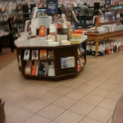 Photo taken at Barnes & Noble by Lori C. on 11/30/2011