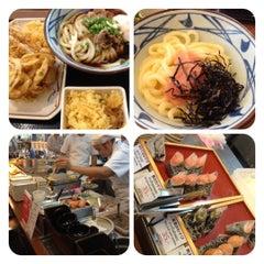 Photo taken at Marugame Seimen (มารุกาเมะ เซเมง) 丸亀製麺 by Uhu S. on 8/18/2012